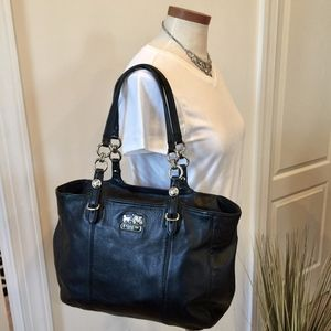 Large Leather Coach Tote with Pockets